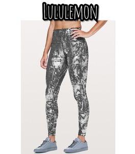 Lululemon under High Rise Tight size 12